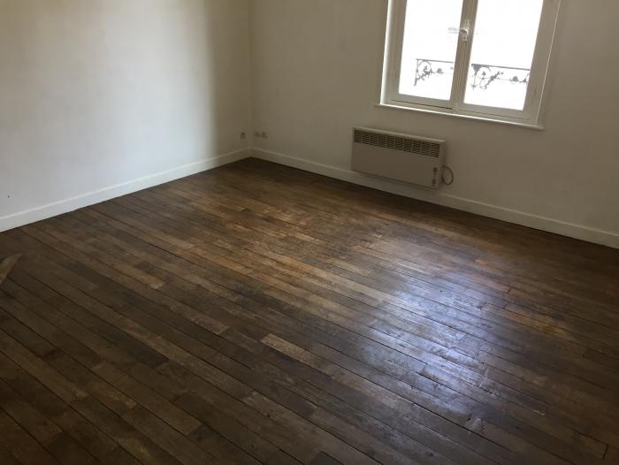 Location Appartement 3 pièces Vailly-sur-Aisne (02370) - Centre ville