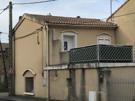 Location Studio 2 pièces Orange (84100) - EST CENTRE VILLE
